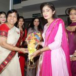 students Welcomed Dr. Shamim Sharma, MD JCDV by Bouquet